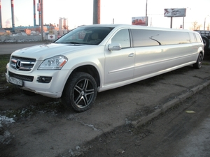 Mercedes-Benz GL-500 (15-мест)